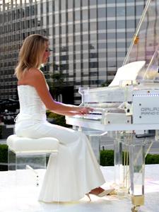Female Pianist Singer Dubai