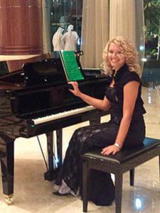 pianist dubai